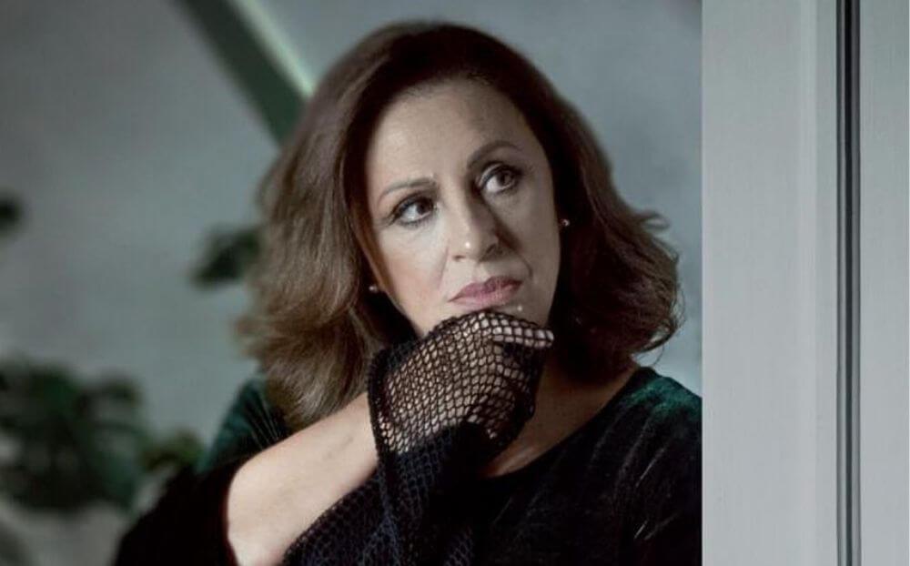 Χάρις Αλεξίου: Έτοιμη για τις εμφανίσεις της στο Μικρό Παλλάς! Πότε κάνει πρεμιέρα